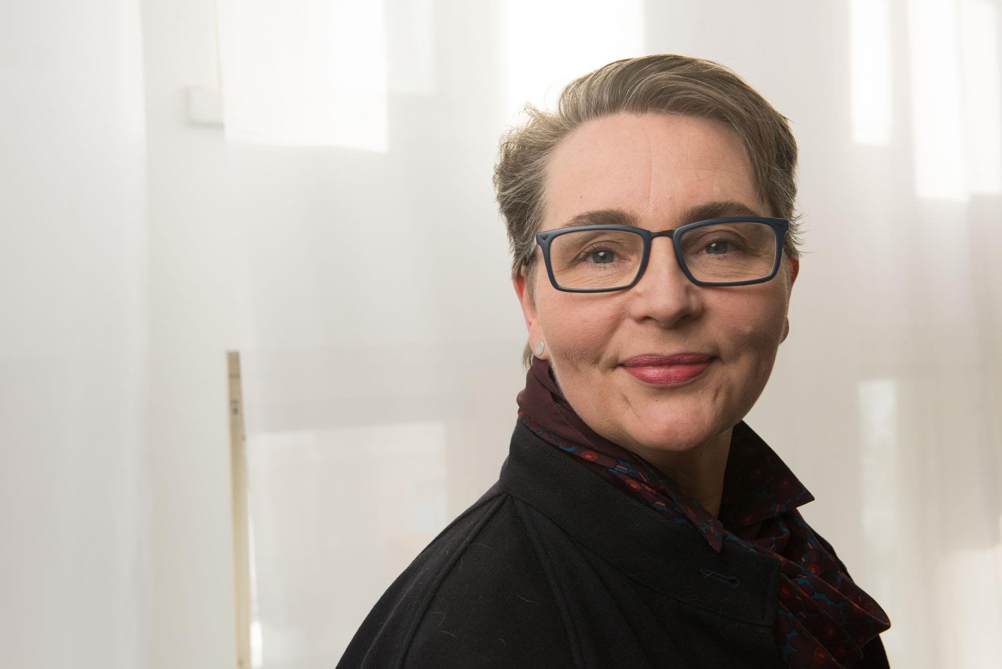 Leena Svinhufvud Weaving Theory – Feminine Craft to Mode of Design